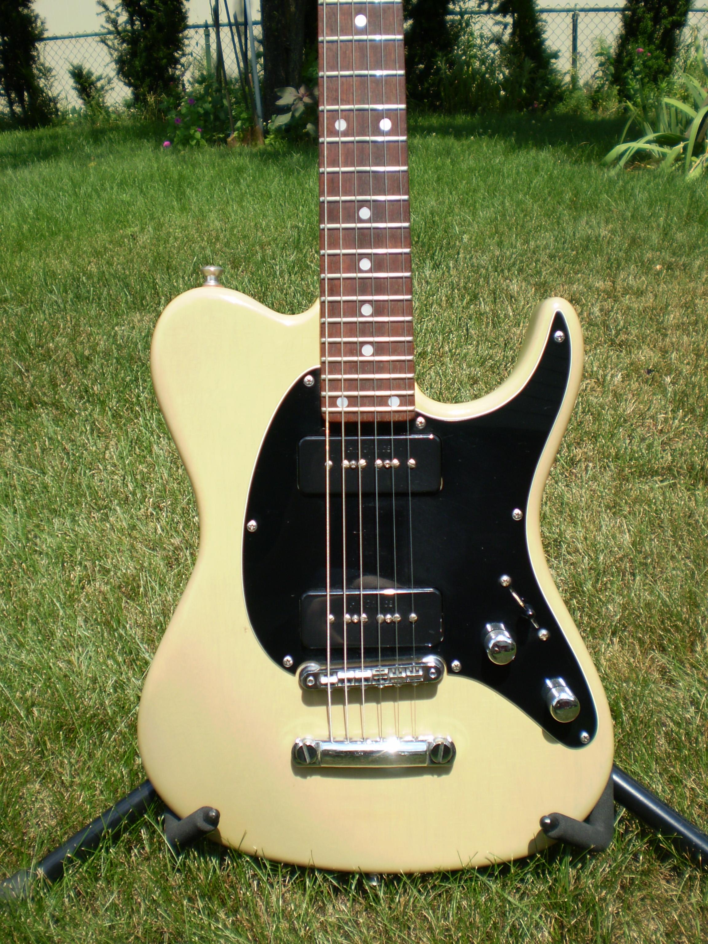 va1716 va standard pro larry carlton added 9 30 18 valley arts guitars. Black Bedroom Furniture Sets. Home Design Ideas